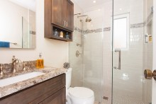 1_House_to_Home_Bath_K_002